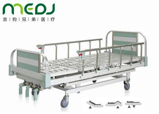 Cina Green Manual Hospital Bed Tinggi Adjustable Tiga Cranks Steel Frame MJSD05-10 pemasok